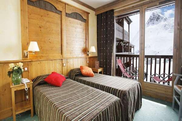 Ski Holidays at Village Montana Apartments, Tignes Le Lac ...