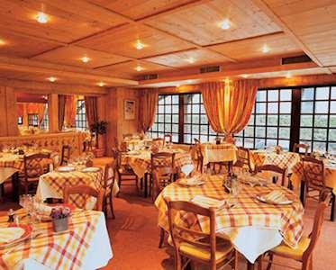 Hotel Prieure, Restaurant