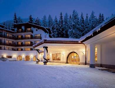 Hotel Waldhuus