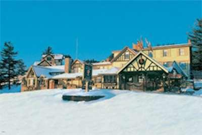 Skiing in Ye Olde England Inne