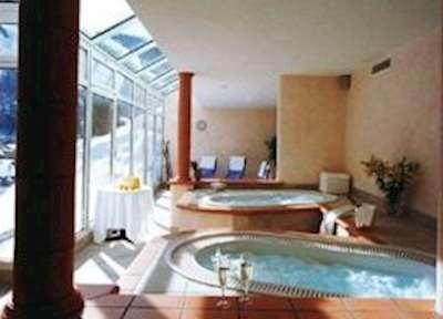 Hotel Tschugge ski holidays
