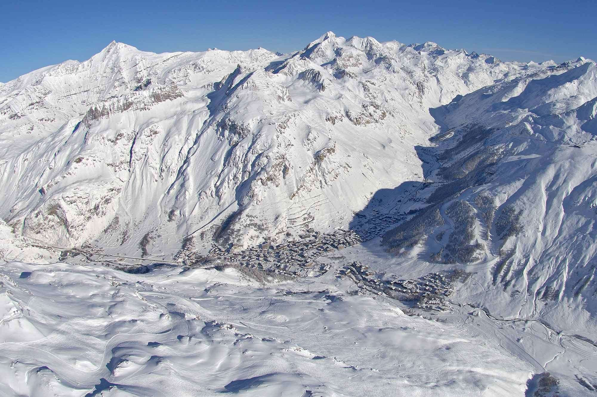 Val d'Isere Birds Eye View