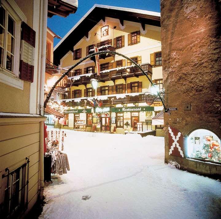 Haus Am See Zell Am See Austria Bookingcom: Hotel Lebzelter , Zell Am See, Austria
