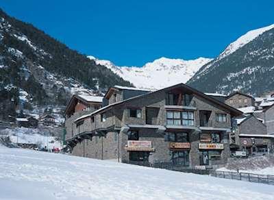St Moritz Apartments