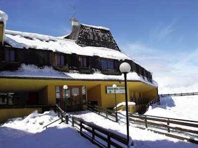 Skiing in Hotel Pila 2000