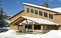 Wolf's Den Mountain Lodge