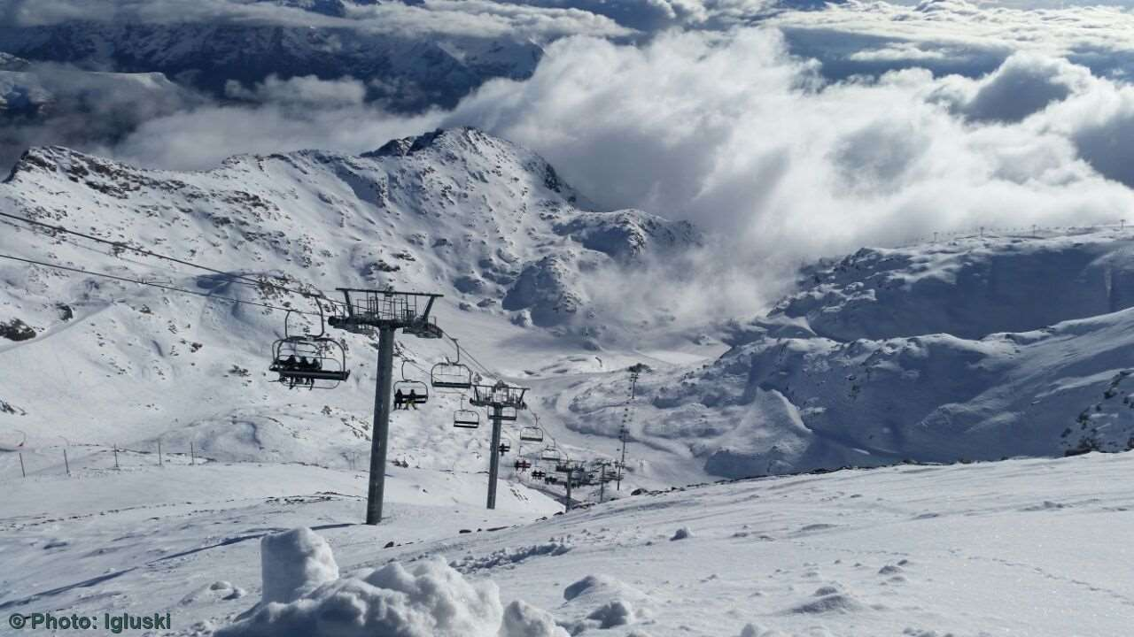 Les Deux Alpes Skiing holidays Ski holiday Les Deux Alpes France