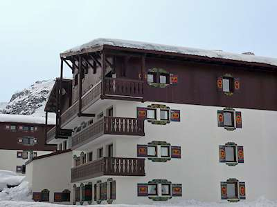 Chalet Club (FR7351.397.1) Picture