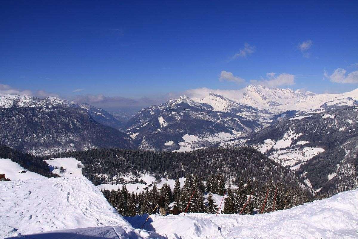 La Clusaz France  City new picture : La Clusaz Skiing holidays | Ski holiday La Clusaz | France | Igluski ...
