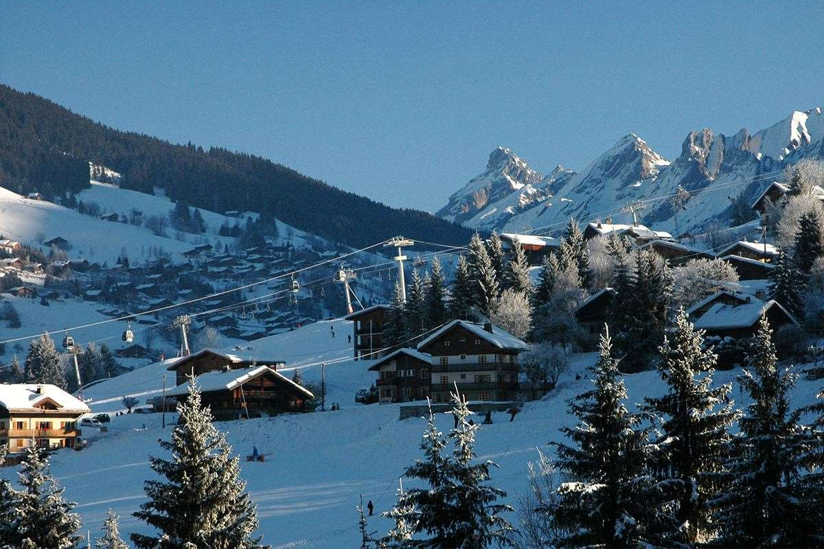La Clusaz France  city photo : La Clusaz Skiing holidays | Ski holiday La Clusaz | France | Igluski ...
