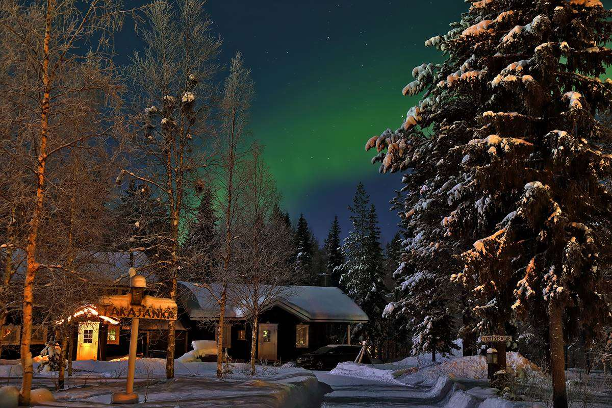 Northern lights in Lapland ski holidays