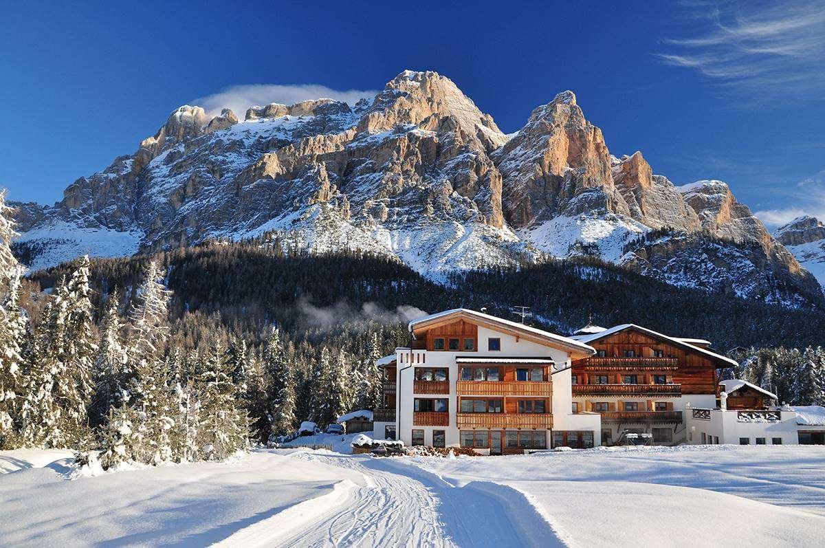 san cassiano alta badia ski holidays