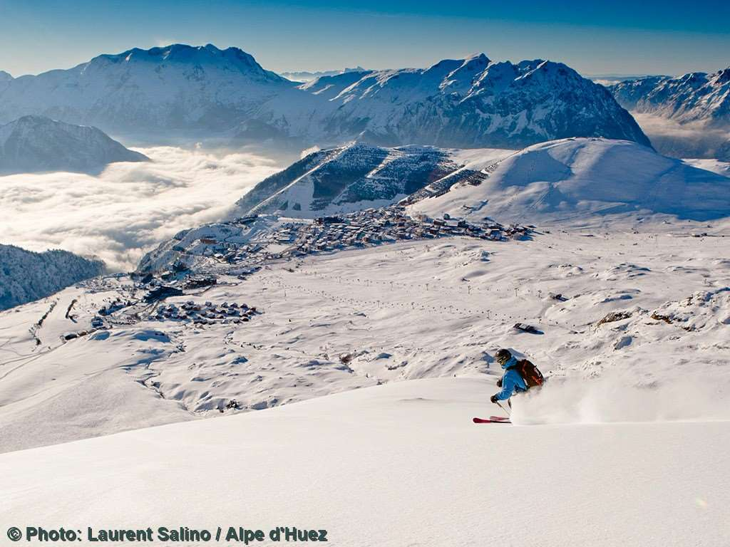 Skiing in Alpe d'Huez