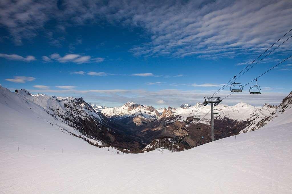 serre chevalier skiing holidays ski holiday serre chevalier france iglu ski. Black Bedroom Furniture Sets. Home Design Ideas