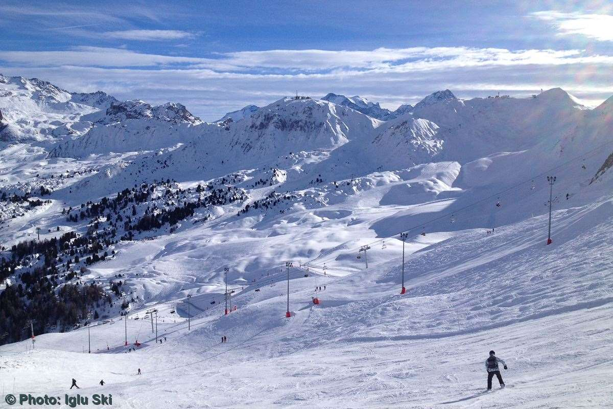 Skiing in La Plagne