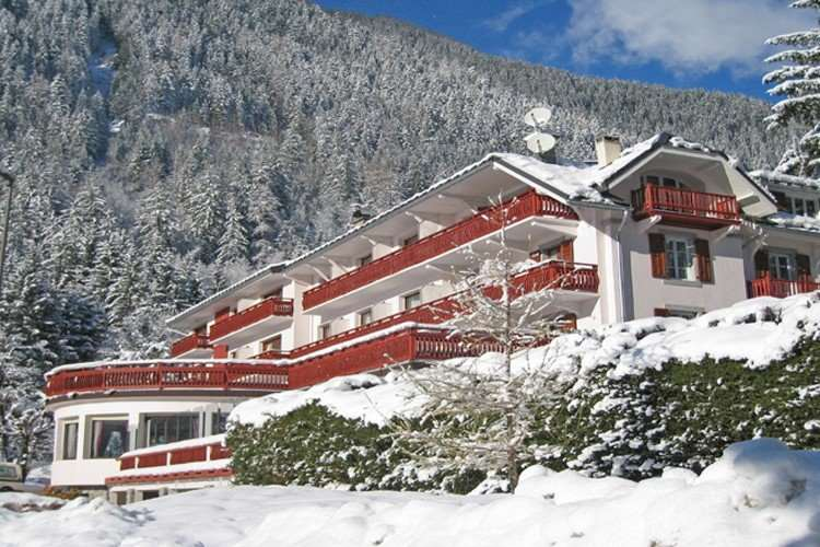 Chalet Hotel Sapiniere Exterior