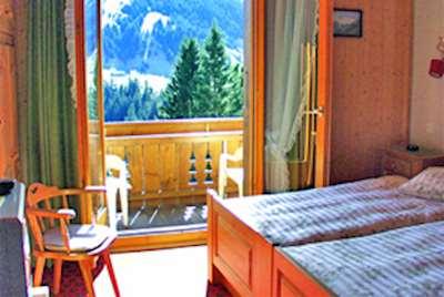 Waldhaus Huldi ski holidays