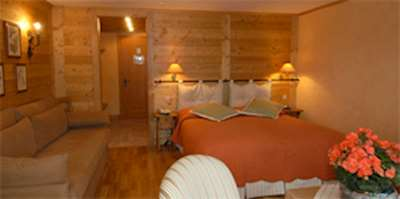 Skiing in Hotel les 4 Vallees