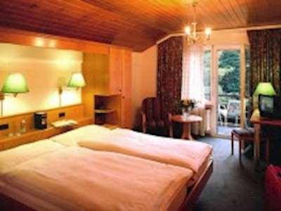 Skiing in Best Western Alpenhotel