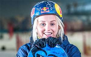 Shred with Olympic Snowboarder Aimee Fuller at The Snow Centre