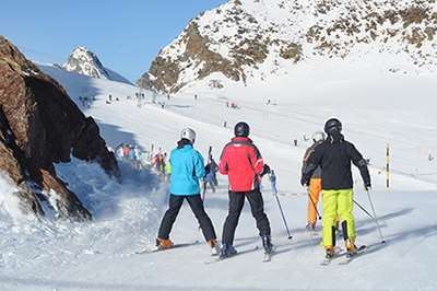 Learn to ski holiday packages